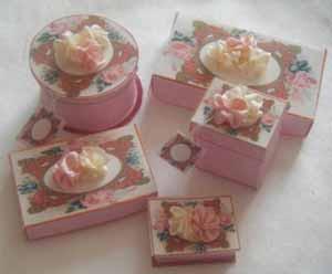 Ruffle Silk Boxes - Kit